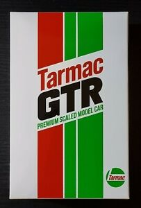 TARMAC WORKS NISSAN GTR NISMO GT3 R35 WITH OIL CAN CASTROL STYLE 1:64 SCALE