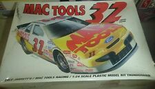 REVELL 1/24 DALE JARRETT MAC TOOLS Model Car Mountain FS NASCAR #32 THUNDERBIRD
