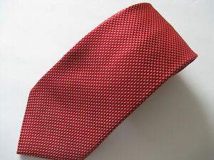 Donald J. Trump Red White Silk Micro Dot Signature Collection Necktie Size 61