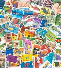 1000 different stamps SURINAME