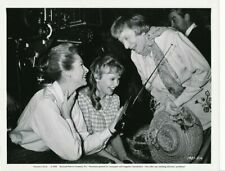 DEBORAH KERR HAYLEY MILLS Original CANDID Universal Studio Set Vintage '64 Photo