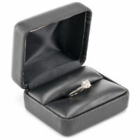 0.9 ct Diamond Solitaire 14 kt White Gold Engagement Ring