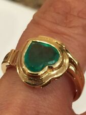 COLOMBIAN EMERALD RING 18 KT YELLOW GOLD HEART SHAPE