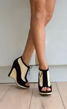 Zapatos de tacón alto Fendi Negro Gamuza Crema Tejido Detalle Peep Toe cuña de plataforma 6 39