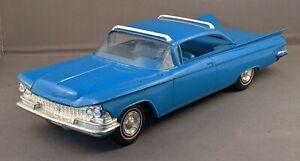 Original Vintage BUICK INVICTA 1:25 Scale Promo Car