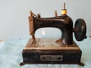 Child's Sewing Machine Little Princess