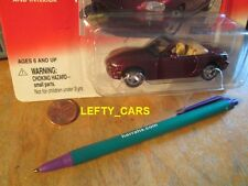 JOHNNY LIGHTNING 2000 BURGUNDY MAZDA MIATA CONVERTIBLE SCALE 1/64 ON CARD