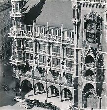 ALLEMAGNE c. 1958 - Autos  L'Hôtel de Ville  Munich  - Div 10427