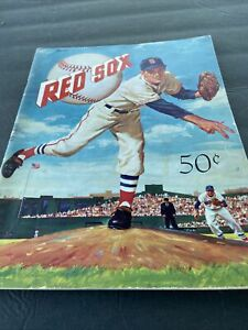 1959 BOSTON RED SOX YEARBOOK~48 PAGES W/TED WILLIAMS~FACSIMILE SIGNATURES~PHOTOS