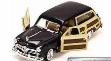 Motor Max - 1949 FORD WOODY WAGON (Black) - Model Scale 1:24