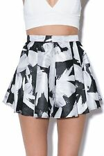 NWT C/MEO Collective Little Talk Short Black Floral Size Large $125