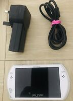 White Sony PSP Go 16gb Handheld Console With Memory Card And Free Postage !