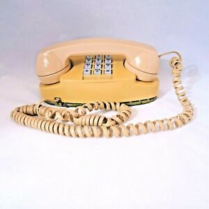 Vintage Touch Tone Princess Bell Telephone 2702BM Tested Works Western Electric