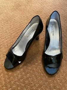 Taryn Rose Women Shoe Daffodil Size 35 1/2 EUR 36 Black Heel Peep Toe Pump