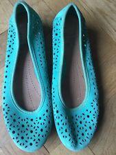 ladies Clarke's shoes size 4
