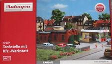 Auhagen 12227- Spur TT (1:100)  - Bausatz - Tankstelle mit Werkstatt