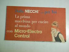 PUBBLICITARIO NECCHI MACCHINA PER CUCIRE CON MICRO ELECTRO CONTROL ANNI '60 17-4
