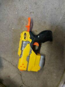 Nerf Gun Bundle Maverick Rev-6 Hasbro Gun x 2 includes sight scope