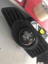 2005 - 2009 VAUXHALL TIGRA PASSENGER SIDE FOGLIGHT + GRILL BUMPER TRIM #7084J