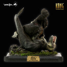 Weta Collectables - Polystone King Kong Versus V-Rex with Box