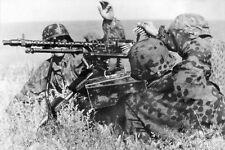 WWII B&W Photo German Soldiers MG34 Lafette Mount WW2 / 2162