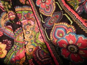 Vera Bradley Duffel Bag Weekender Black Floral Quilted  MINT