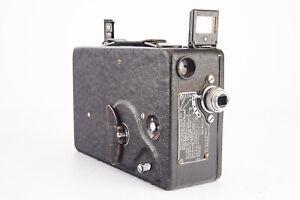 Vintage Cine Kodak Model BB 16mm Motion Picture Cine Camera with Lens WORKS V16