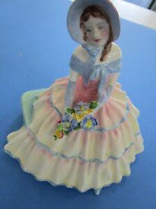 Vintage Royal Doulton Day Dreams Bone China Woman Lady Girl Figurine #1731