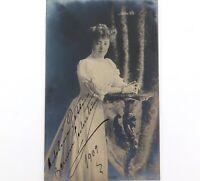 .RARE 1909 FAMOUS ITALIAN SOPRANO ADELINA PATTI HANDSIGNED REAL PHOTO POSTCARD