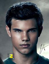 "Taylor Lautner Signed 8""x 10"" Color PHOTO REPRINT"