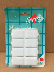 Fairgrove 8 day VINTAGE pill box 1992 made in china for  USA NEW SEALED