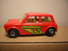 1/64~~ Racing Mini Matchbox n°29 bande verte chassi noire