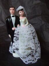 Figurine de mariés en plastique Noir et Blanc dentelle decoration mariage