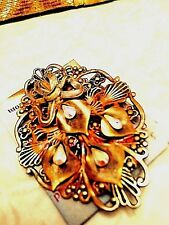 Pin Antique gold and silver plate combined with -austrian crystal in ea Lily
