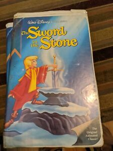 Black Diamond Edition SWORD IN THE STONE The Classics VHS  Clam Shell 1998