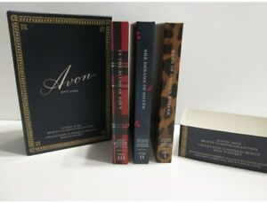 AVON BEAUTY CLASSICS COLLECTION SET CONTAINS 24 EYESHADOW & 4 BLUSH *New Sealed*