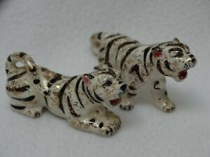 """2 1950's Hand Painted Ceramic White Tigers w/ Gold Sponging Japan4"""" l x 2"""" h"""