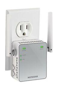 NETGEAR WiFi Range Extender EX2700 N300 Wireless Signal Booster Repeater