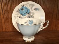 ☕Vintage Royal Standard Cup & Saucer Large Turquoise Cabbage Roses England