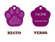 medaille gravee chien ou chat - modele grande patte de chat caline - violette
