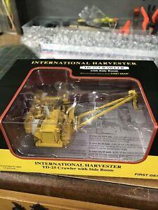 1:87 HO *FIRST GEAR* IH International Harvester TD-25 Crwaler w/SIDE BOOM *NIB*