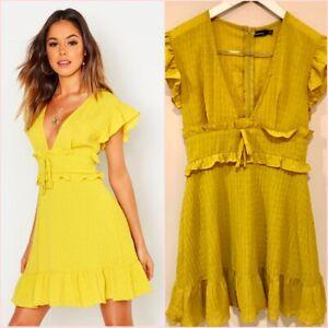 Boohoo Green Yellow Ruffle VNeck Plunge Short Sleeve Mini Skater Dress 8 UK 4 US