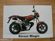 S079 SUZUKI PRESSE PHOTO STREET MAGIC