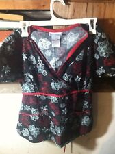 Gently Worn Womens SB Scubs Red Leaf Flower Multi Color Scrub Top Extra Small