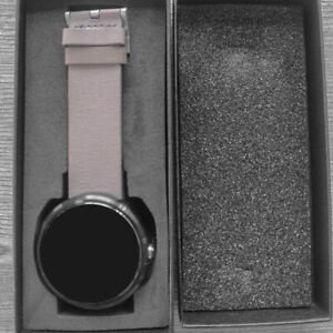 Motorola Moto 360- Stone Grey Leather Tracks Health  SmartWatch (1st Generation)