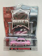 '67 VW NOTCHBACK MAISTO G RIDEZ URBAN DIECAST COLLECTION 1:64