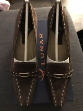 BNIB LUNAR BROWN SUEDE POINTED COURT SHOES UK 5