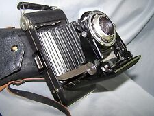 KODAK JUNIOR SIX-16 SERIES III 128/6.3 KODAK ANASTIGMAT w/ leather shoulder case