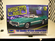 1969 SHELBY GT500 MUSTANG CONVERTIBLE REVELL 1:25 SCALE PLASTIC MODEL CAR KIT