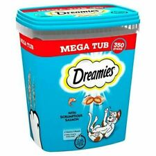 Dreamies Treats with Salmon 350g Tub for Cats (262106)